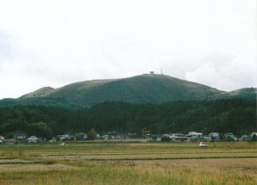 頂上には回転展望室! 寒風山(秋田)