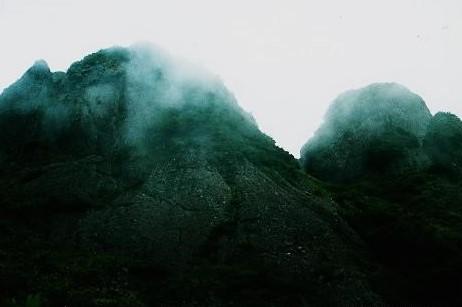 摩利支岳と大日岳