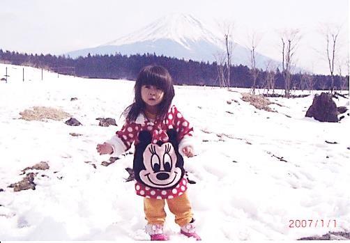 田沼湖にて柚奈(2歳)