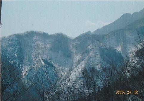 天理岳北面