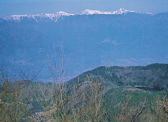 蛾ヶ岳山頂~鳳凰三山・白峰三山の眺め