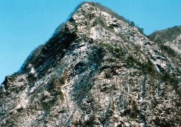 1000m程の山とは思えない御場山
