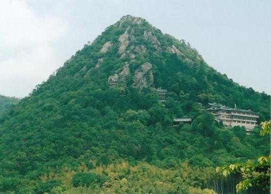 赤神山(太郎坊)