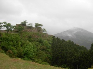 天空の城『和製のマチュピチュ』|竹田城 古城山(兵庫)