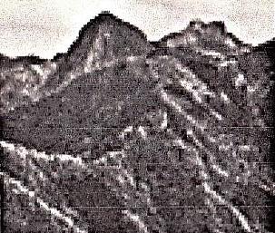 昭和30年代の叶山 尖った山頂が有った 石井さん提供