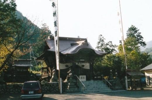 河原沢に有る龍頭神社里宮